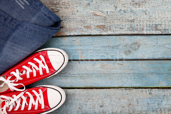 Vermelho retro jeans azul Foto stock © TanaCh