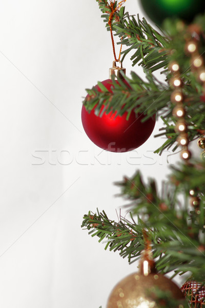Glas bal decoraties kerstboom sneeuw frame Stockfoto © TanaCh