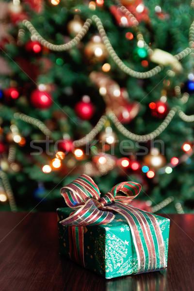 Geschenken kerstboom lichten papier boom licht Stockfoto © TanaCh