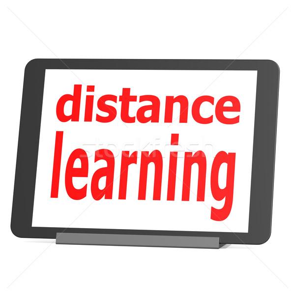 Foto d'archivio: Tablet · distanza · apprendimento · ufficio · scuola · felice