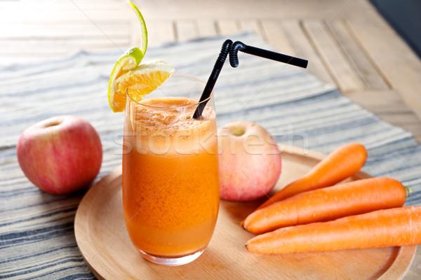 Frescos zanahoria zumo de manzana orgánico naturales alimentos Foto stock © tangducminh