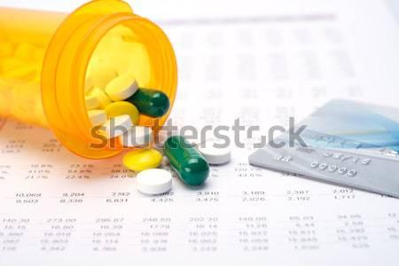 Médico despesas calculadora indústria pílulas digital Foto stock © tangducminh