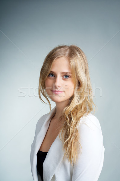 Blond fille portrait belle fille sourire visage Photo stock © tangducminh