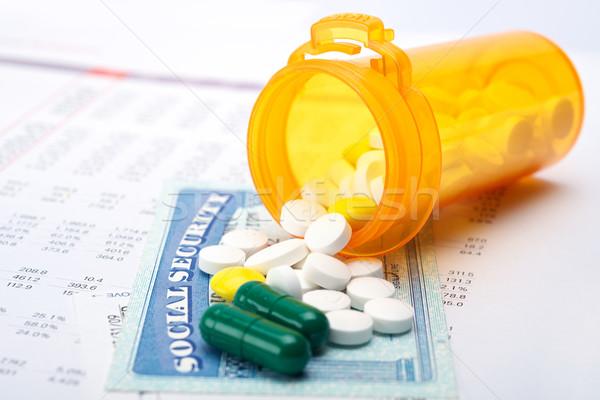 Medicate tabletták társadalombiztosítás számla papír irat Stock fotó © tangducminh