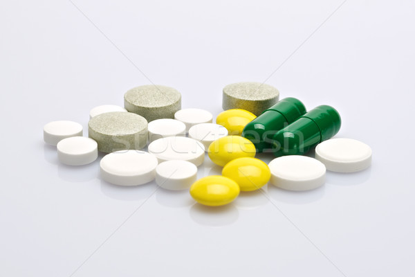 Ilaç hapları beyaz doktor tıbbi Stok fotoğraf © tangducminh