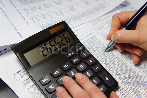 オフィス 表 電卓 ペン 会計 文書 ストックフォト © tannjuska