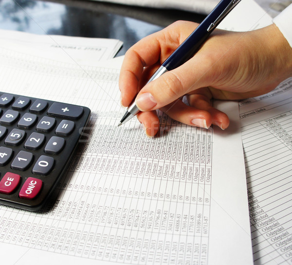 Kantoor tabel calculator pen boekhouding document Stockfoto © tannjuska