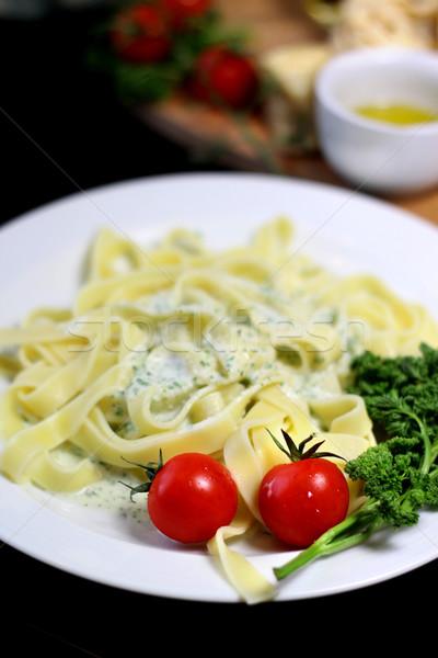 Tradizionale cucina italiana tagliatelle ingredienti pasta come Foto d'archivio © tannjuska