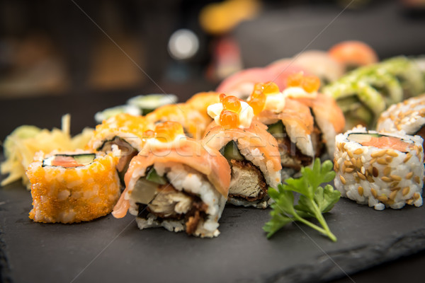 Sushi zwarte plaat vis asian Stockfoto © tarczas