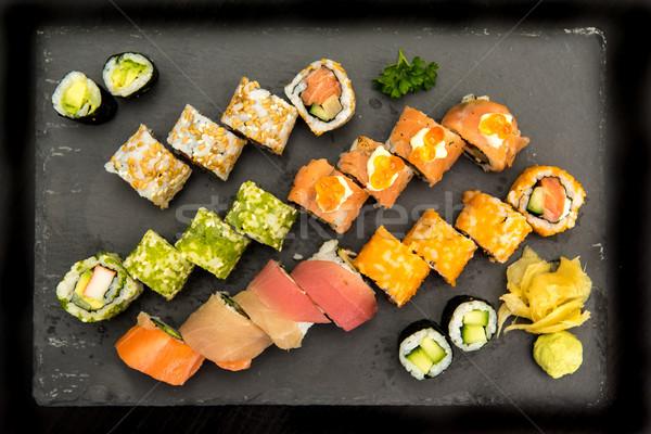 Sushi zwarte plaat vis asian Stockfoto © tarczas