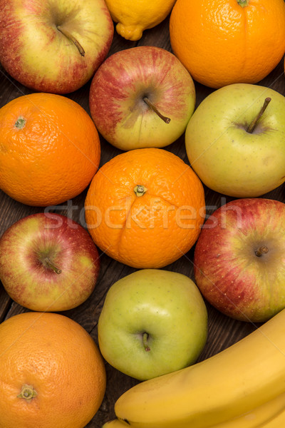 ízletes gyümölcs narancs almák banán fából készült Stock fotó © tarczas