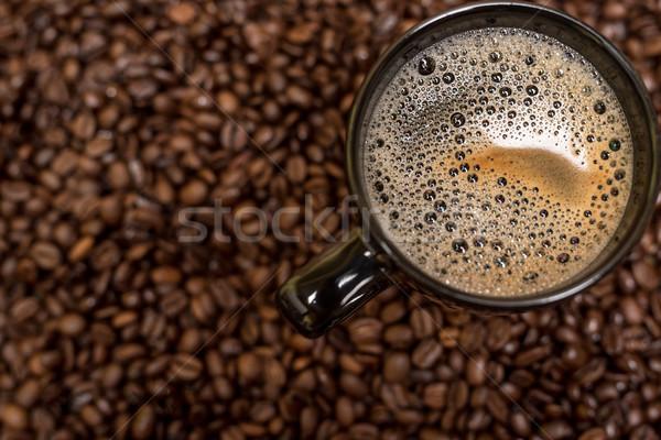 Grains de café noir tasse boisson chaude alimentaire bois Photo stock © tarczas