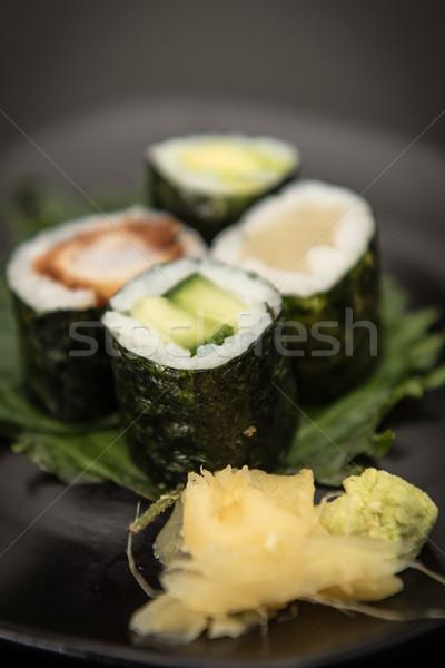 Sushi maki salmão abacate Foto stock © tarczas