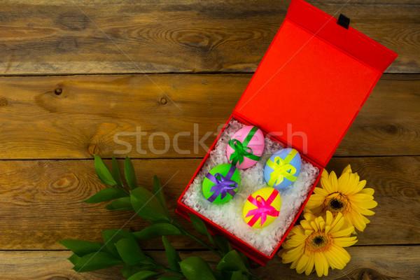 Paaseieren Rood vak Pasen symbool kaart Stockfoto © TasiPas