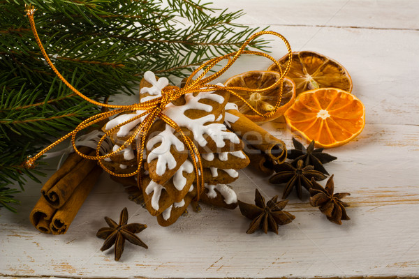 Christmas icing sneeuwvlok peperkoek cookies kaneel Stockfoto © TasiPas