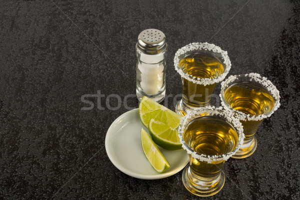 Tequila cal preto álcool beber ouro Foto stock © TasiPas