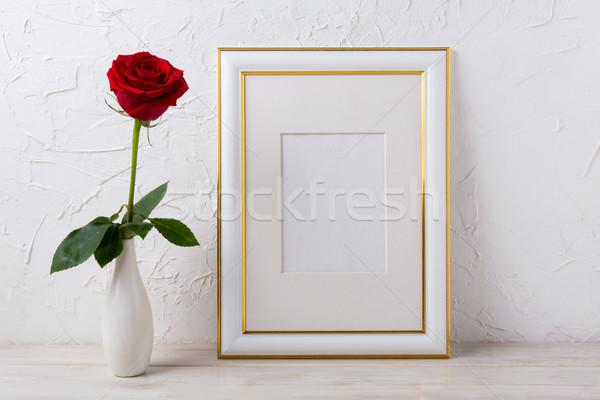 Keret vázlat piros rózsa elegáns váza üres Stock fotó © TasiPas
