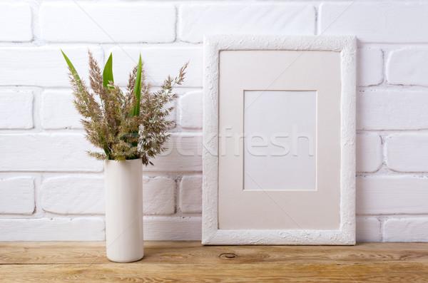 Witte frame gras groene bladeren cilinder Stockfoto © TasiPas