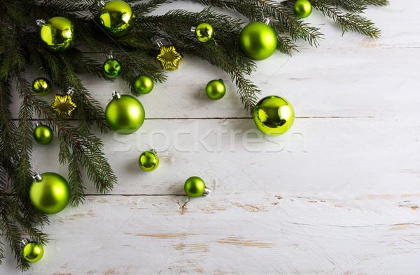 Christmas odznaczony zielone cacko wiszący choinka Zdjęcia stock © TasiPas