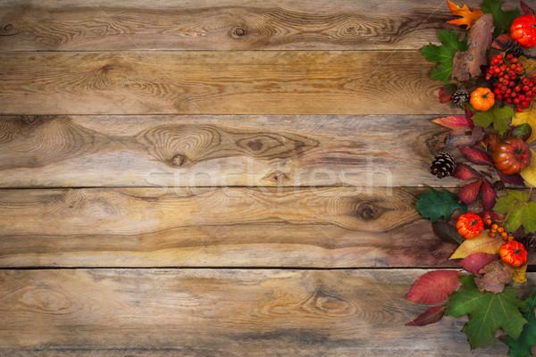 Automne laisse squash vieux table heureux Photo stock © TasiPas
