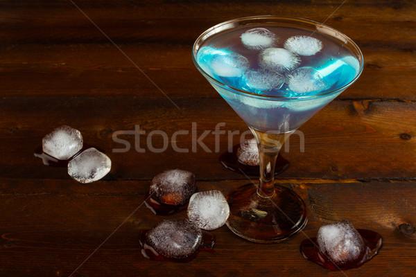 Jeges kék koktél kozmopolita martini gyümölcs Stock fotó © TasiPas