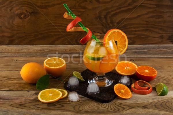 Yaz narenciye kokteyl ahşap masa meyve içmek Stok fotoğraf © TasiPas