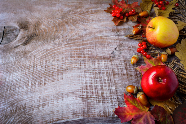 Foto stock: Fronteira · maçãs · cair · folhas · rústico