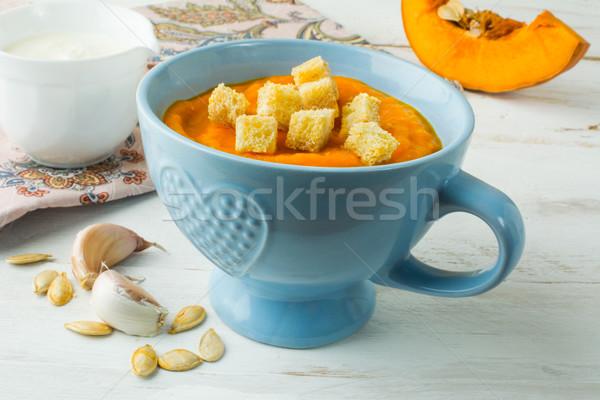 Sütőtök leves kék tál krémes fallabda Stock fotó © TasiPas