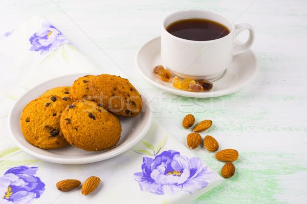 Házi készítésű sütik teáscsésze mandula édes desszert Stock fotó © TasiPas