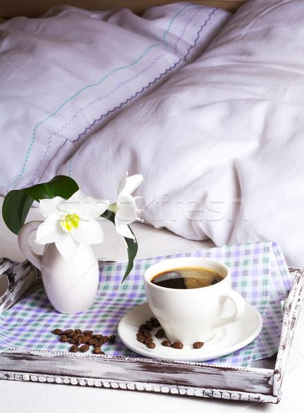 Manhã café cama rústico Foto stock © TasiPas