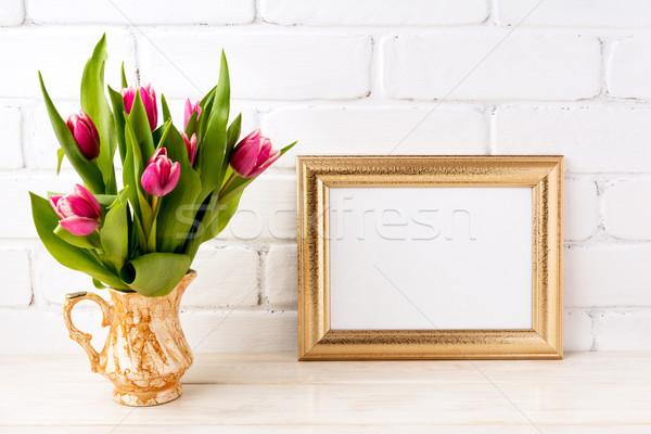 Arany tájkép keret vázlat rózsaszín tulipánok Stock fotó © TasiPas