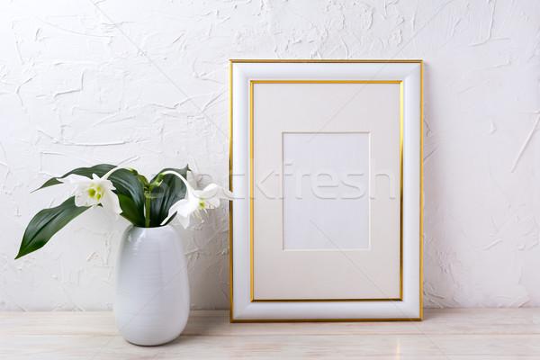 Oro decorato frame tenero bianco Foto d'archivio © TasiPas