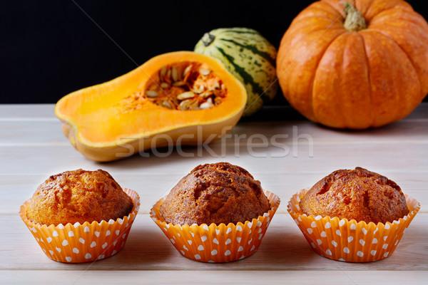 Ensemble grain citrouille épices squash muffins Photo stock © TasiPas