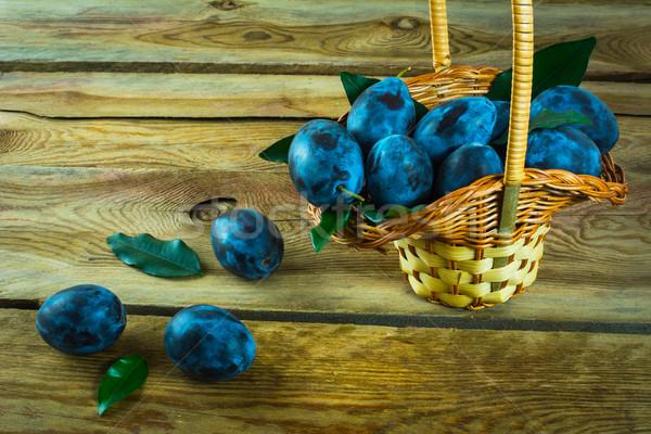 バスケット フルーツ 梅 古い 暗い ストックフォト © TasiPas