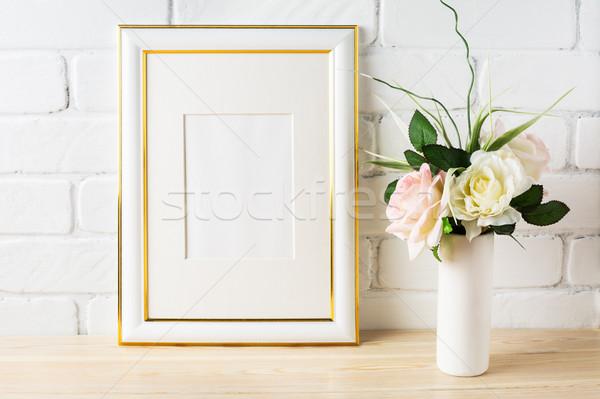 Biały ramki blady różowy róż Zdjęcia stock © TasiPas