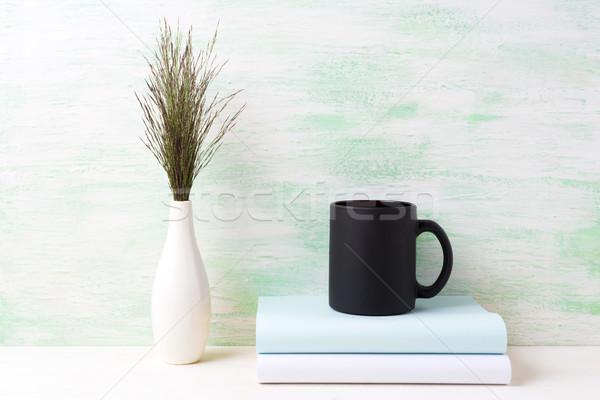 Zwarte koffie mok donkere weide gras Stockfoto © TasiPas