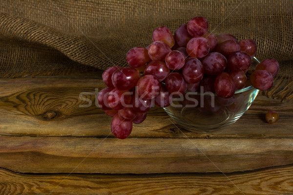 Bunch of red grapes Stock photo © TasiPas