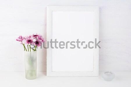 Biały ramki liliowy stokrotki pusty Zdjęcia stock © TasiPas