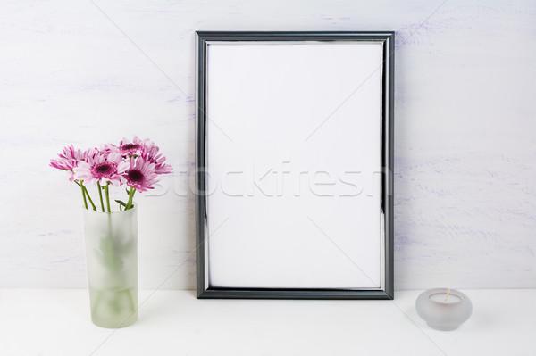 Ramki liliowy stokrotki plakat produktu Zdjęcia stock © TasiPas