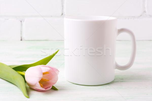 Fehér kávésbögre vázlat rózsaszín tulipán gyengéd Stock fotó © TasiPas