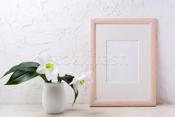 Fakeret vázlat fehér liliom virágcserép üres Stock fotó © TasiPas