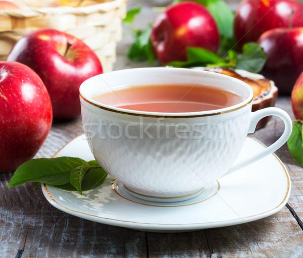 Zdjęcia stock: Kubek · herbaty · czerwony · jabłka · w · górę · świeże