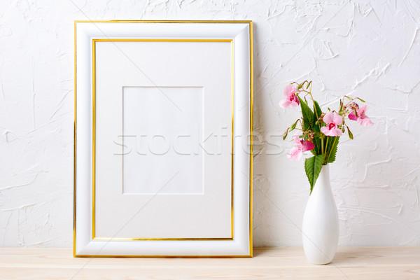 Arany díszített keret vázlat virágcsokor elegáns Stock fotó © TasiPas