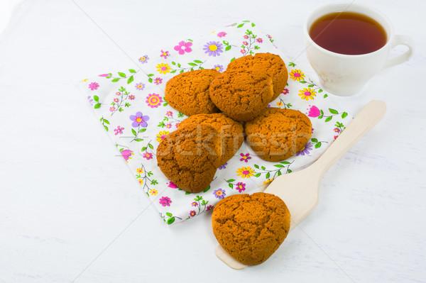 Kalp ev yapımı kurabiye çay bisküvi Stok fotoğraf © TasiPas