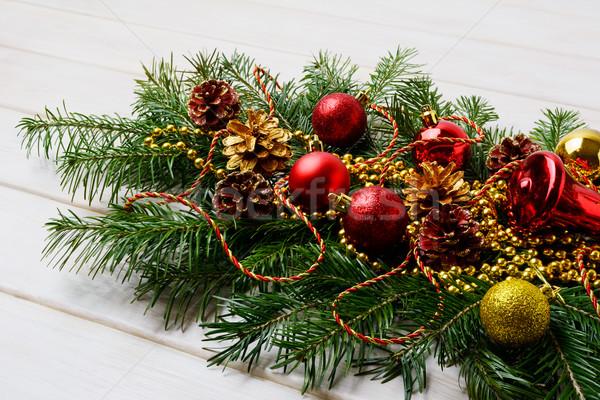 Christmas Rood ornamenten gouden kralen pine Stockfoto © TasiPas