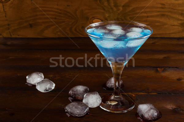 Azul gelado coquetel rústico cosmopolita martini Foto stock © TasiPas