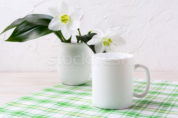 Сток-фото: белый · кружка · Лилия · ваза · зеленый