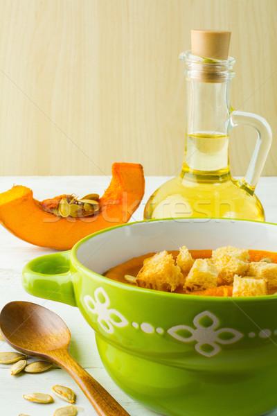 Sütőtök leves magok zöld tál fehér Stock fotó © TasiPas