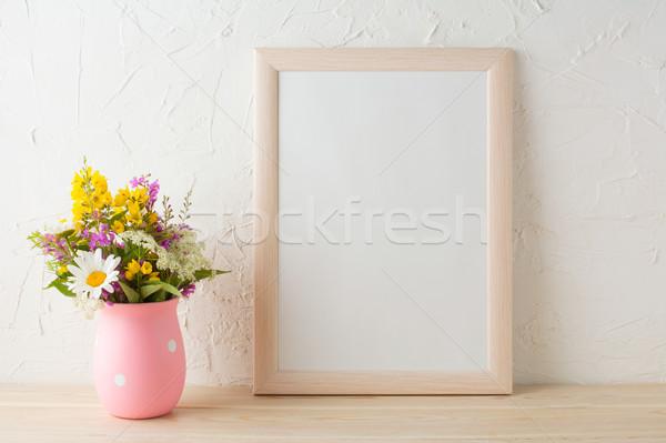 Marco flores silvestres rosa jarrón retrato Foto stock © TasiPas