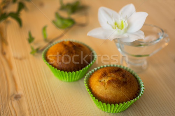 Muffins verde carta fiore bianco vetro Foto d'archivio © TasiPas